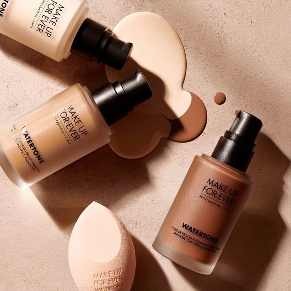 MAKE UP FOR EVER Watertone Skin-Perfecting Fresh Foundation Skin Tint Ambient