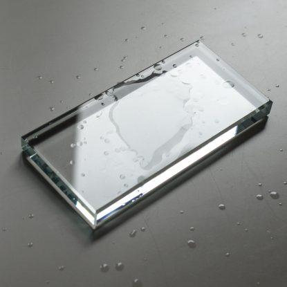 Mizellenwasser flüssig wie Wasser aber nicht so mild