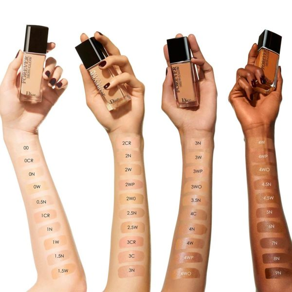 DIOR Forever Skin Glow Foundation Swatches welche Farbe Nuancen Colors Shades