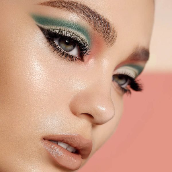 NATASHA DENONA Zendo Palette Eyeshadow Look Makeup Demo Cut Crease green coral