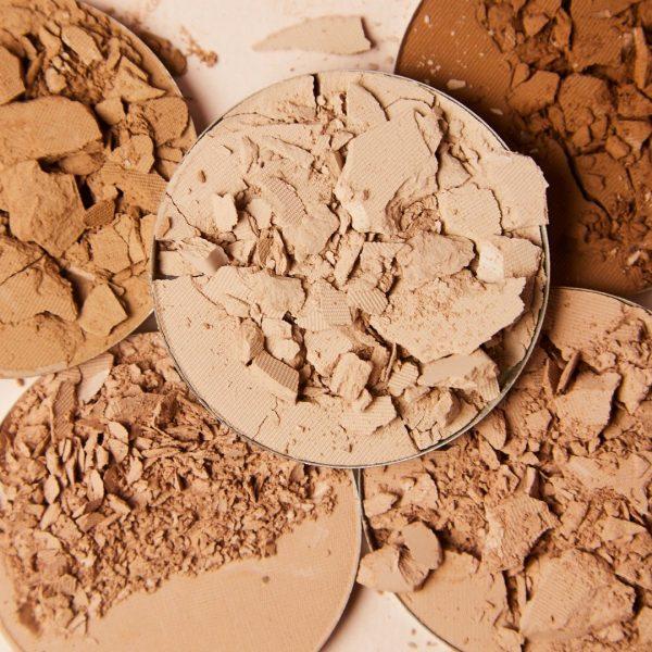 PÜR COSMETICS 4-in-1 Pressed Mineral Makeup Broad Spectrum SPF 15 Powder Foundation Ambient