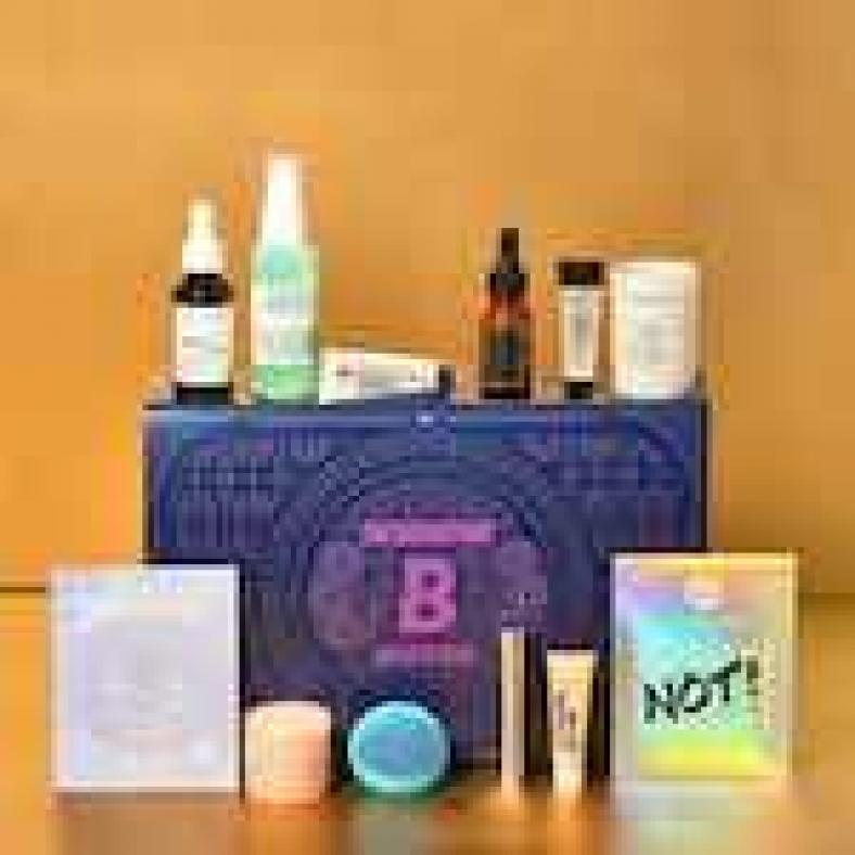Backstage Beauty Box | BEAUTYBAY