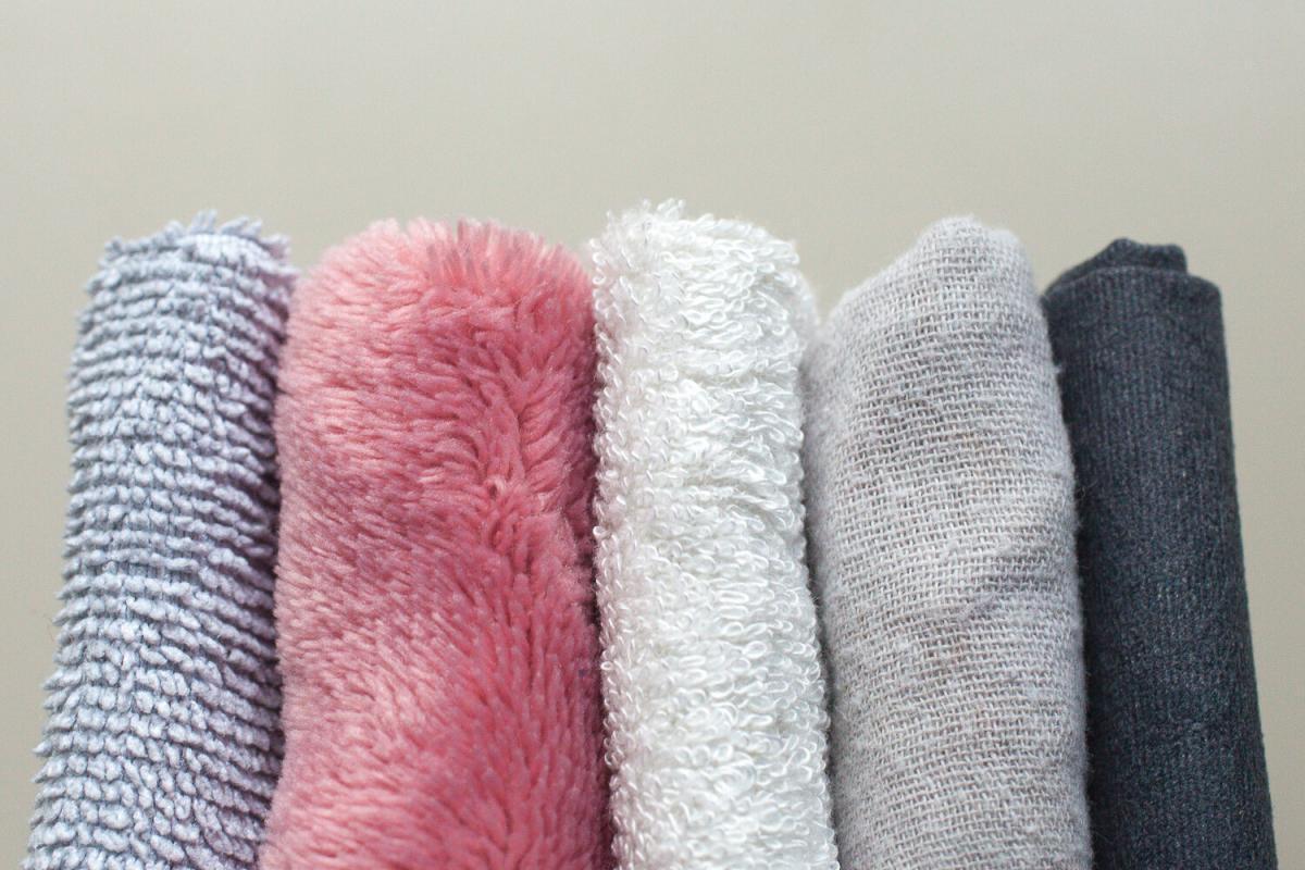 Gesicht reinigen bei Akne Pickel Double Cleansing Mikrofasertuch Musselin Musslin Cloth
