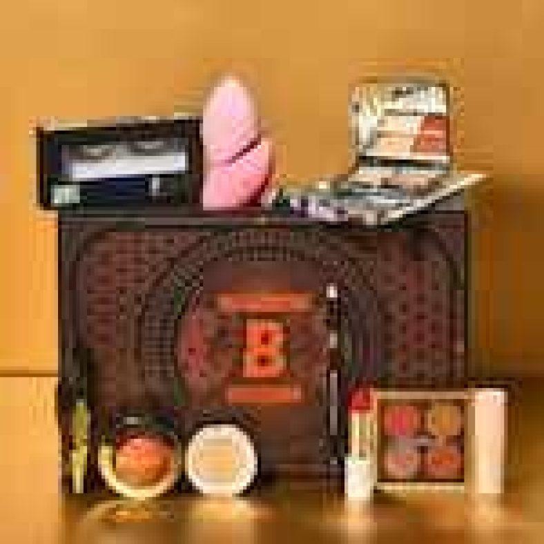 Showtime Beauty Box | BEAUTYBAY