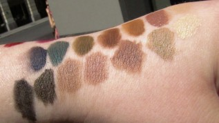 ELLIS FAAS Makeup Swatches (7)