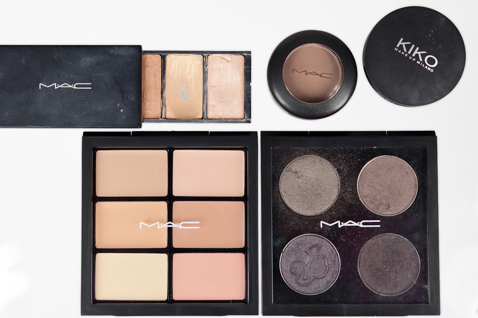 MAC PRO Conceal & Correct Palette Light