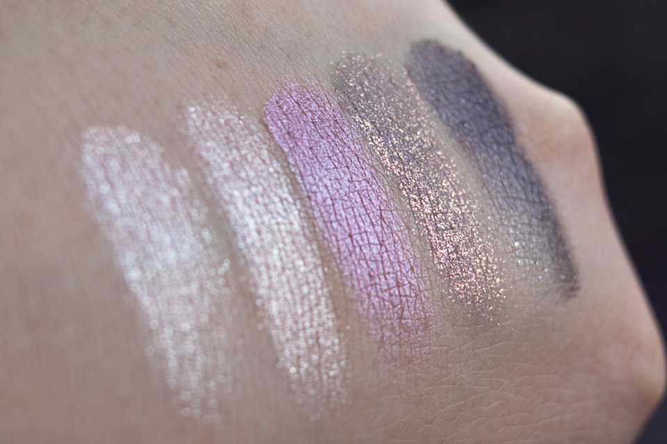 MAC Pinkluxe Veluxe Pearlfusion Shadow Palette Swatches Tageslicht