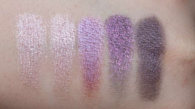 MAC Pinkluxe Veluxe Pearlfusion Shadow Palette Swatches wet Blitz
