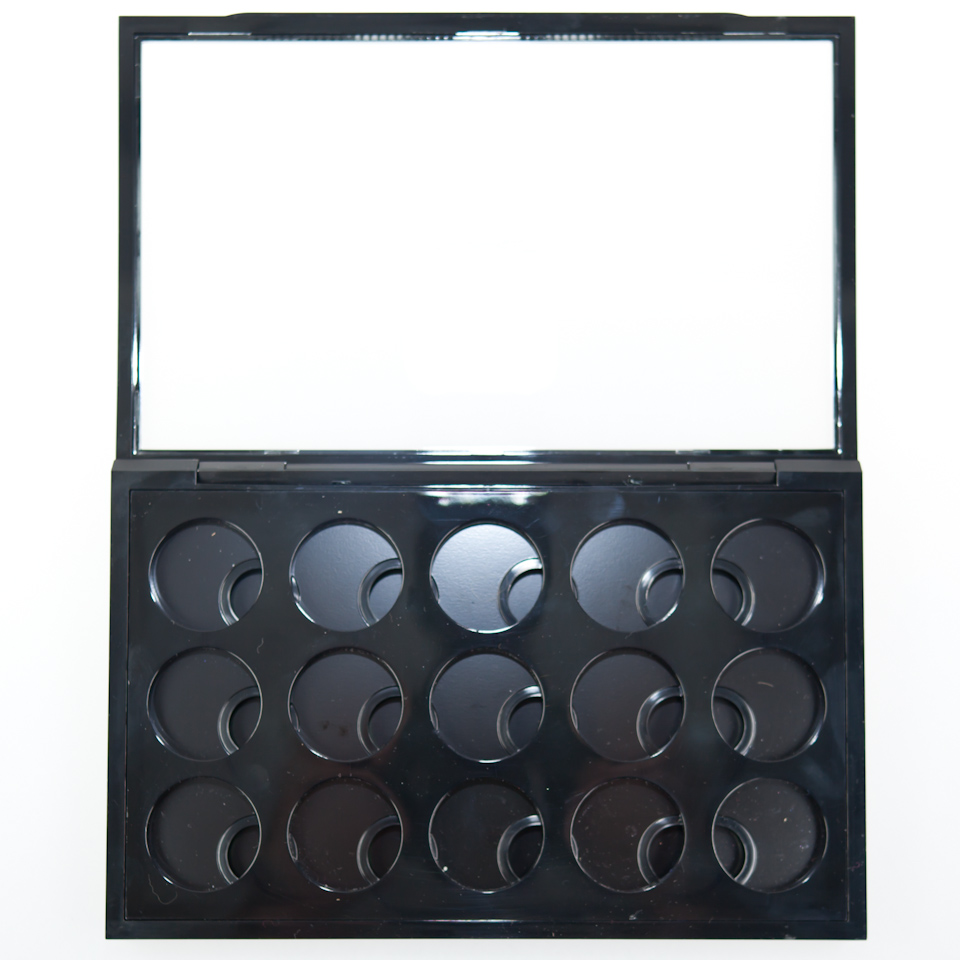 MAC Pro Palette Large & Eye Shadow x 15 - innen