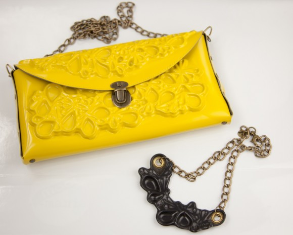 ME-DUSA Clutch and Necklace - Boticca Haul